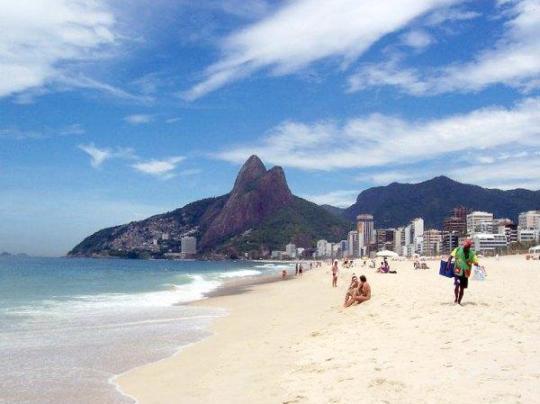 praia-de-ipanema-beach-rio